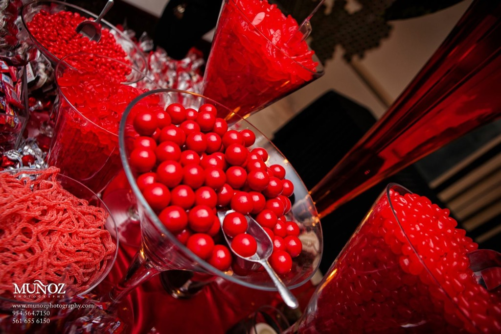candy red 02.jpg