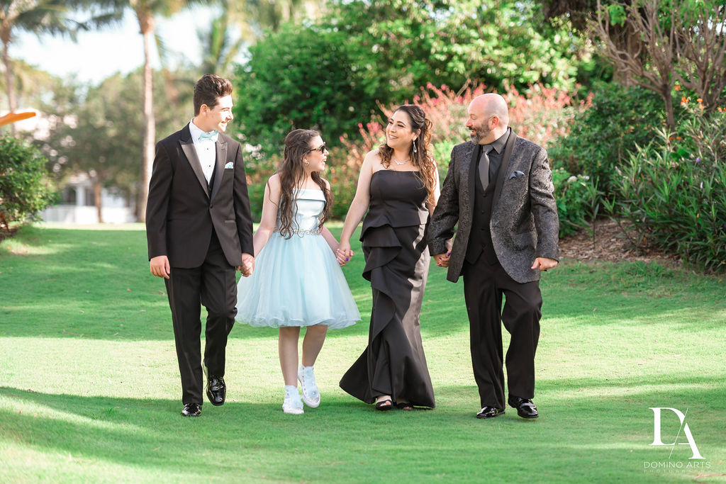 Bat-Mitzvah-Pictures-Photography-WoodfieldCC0217.jpg