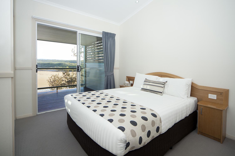Headland, Chalet 15 second bedroom.jpg