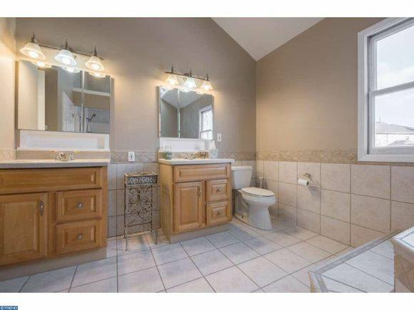 Renovated master bath.jpg