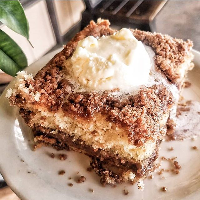 i cant sleep. it's 12:30am & I'm craving @carolynscaferedlands coffee cake. cuz, come on, its soooooo good! i've been craving it for a while now. I wonder if they'll fed-ex a huge slice to #yyc ... . . . . . . #cravings #coffee cake #cake  #california #cake  #yummy  Sent via @planoly #planoly #baked #coffee #cake #redlands #memories #thatsdarling #darlingweekend #crumble #goodeats #cafe #moments #yougottaeathere #eats #foodporn #bestfriend #best #visitcalifornia #california