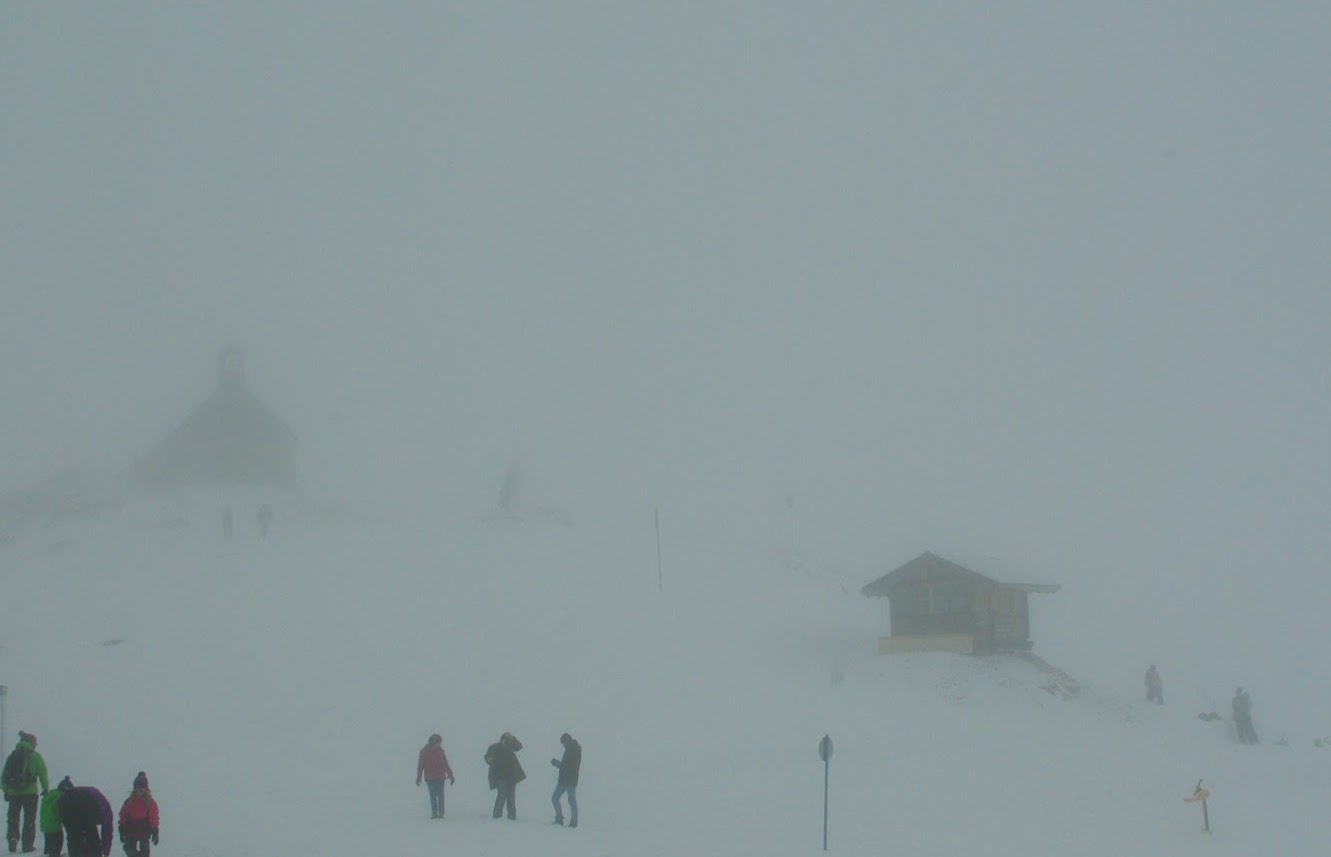 The plateau was totally consumed by a snow cloud.