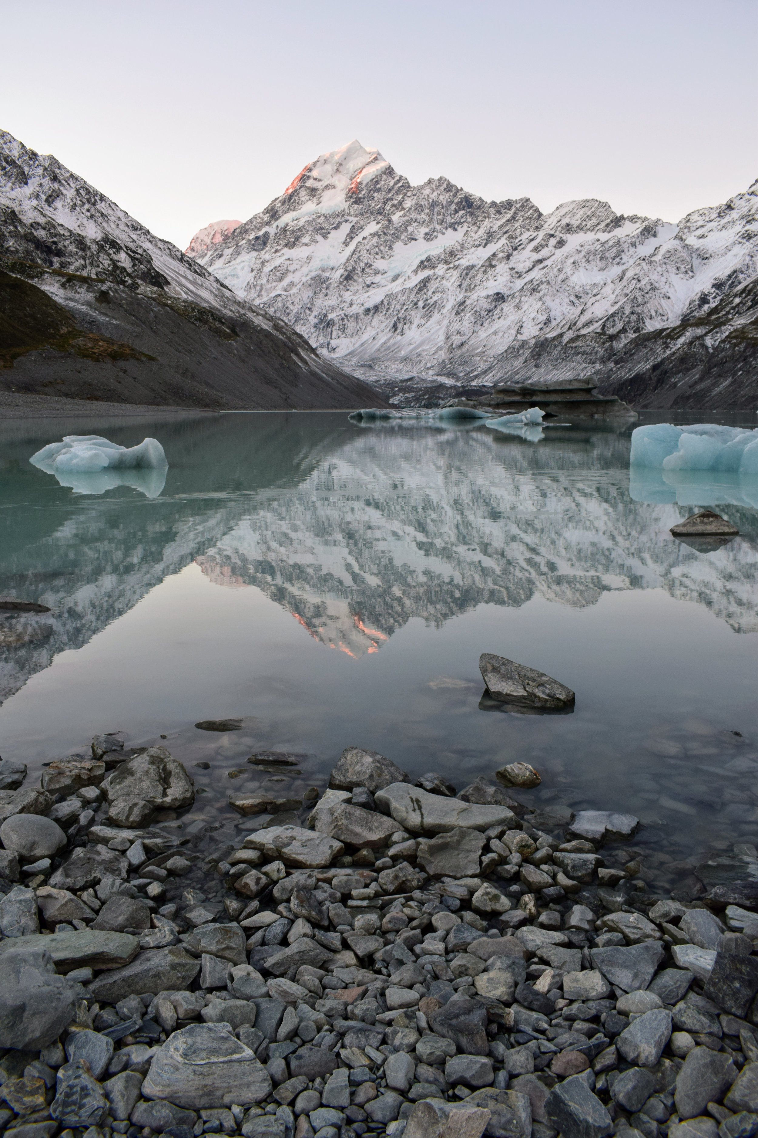 Aoraki at sunset, with Hooker Lake and small icebergs in the foreground. Still can't believe this was real.