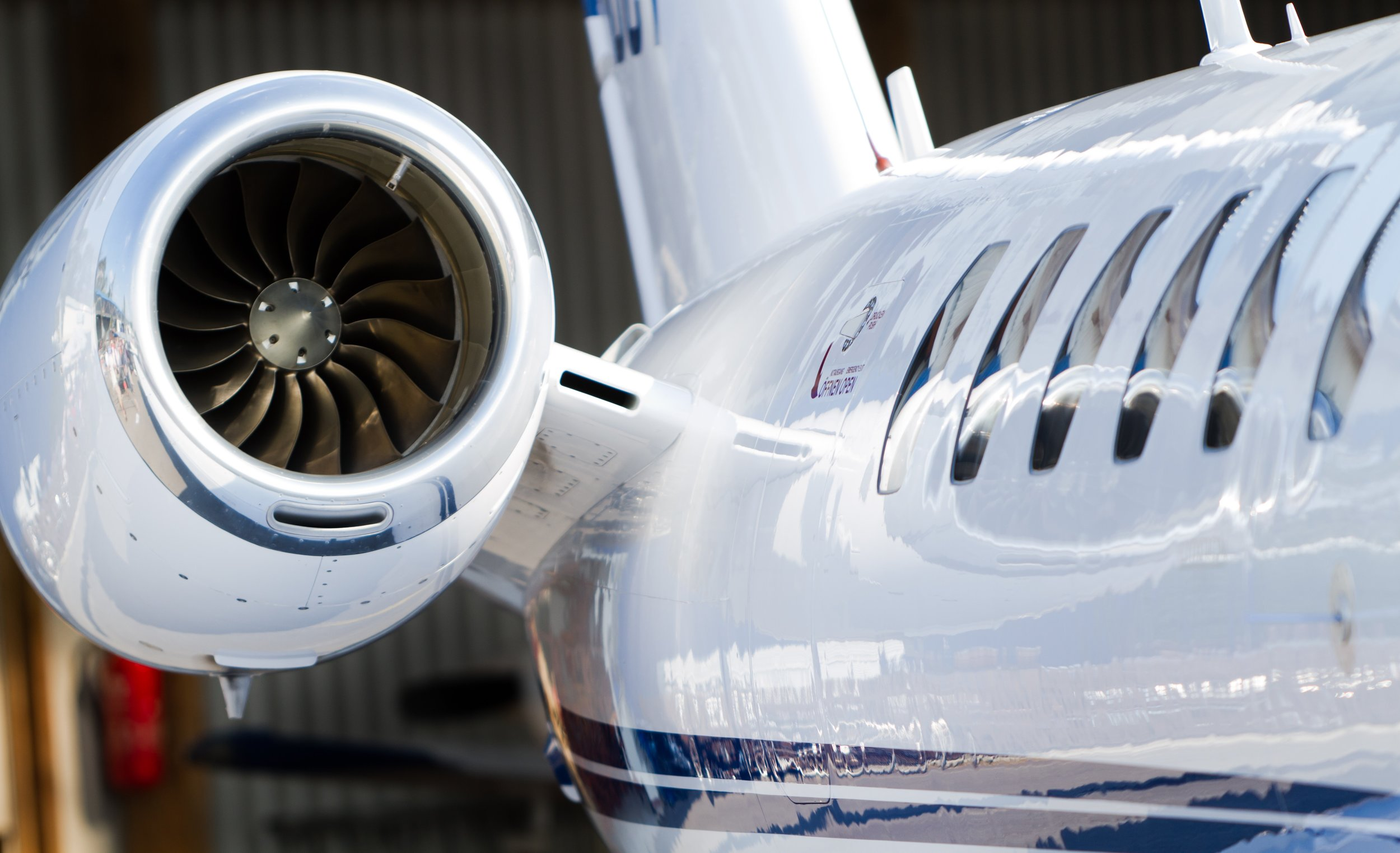 Corporate-Jet-Getty-182923994.jpg