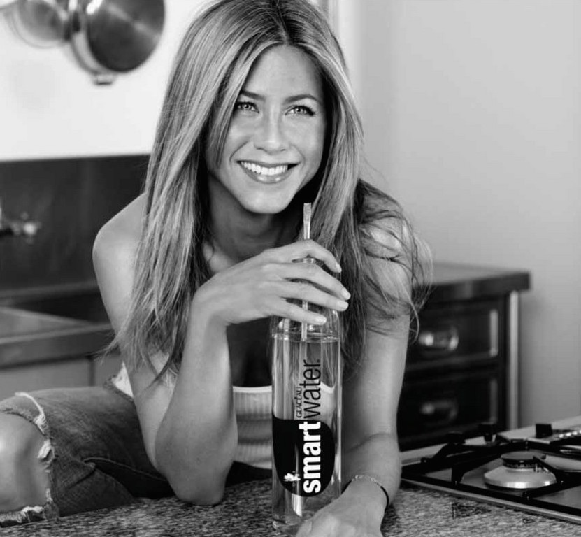 jennifer-aniston-smart-water-ad-adds-03.jpg
