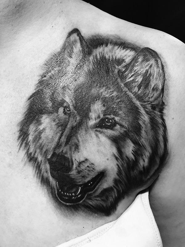 chest-wolf.jpg