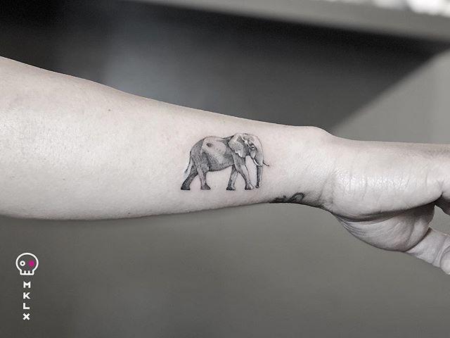 🐘 for @adriansantos007 ⋅ ☞ @undrgrnd.sf ⋅ ⋅ ⋅ ⋅ ⋅ ⋅ #elephanttattoo #mklx #undrgrndsf #queertattooartist #tattoo #minimaltattoo #lineworktattoo #fineline #QTTR  #bayareatattoo #sanfranciscotattooartist