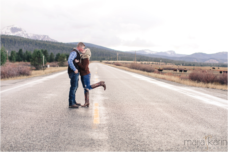 Stanley-Lake-Engagement-portraits-Maija-Karin-Photography_0037.jpg