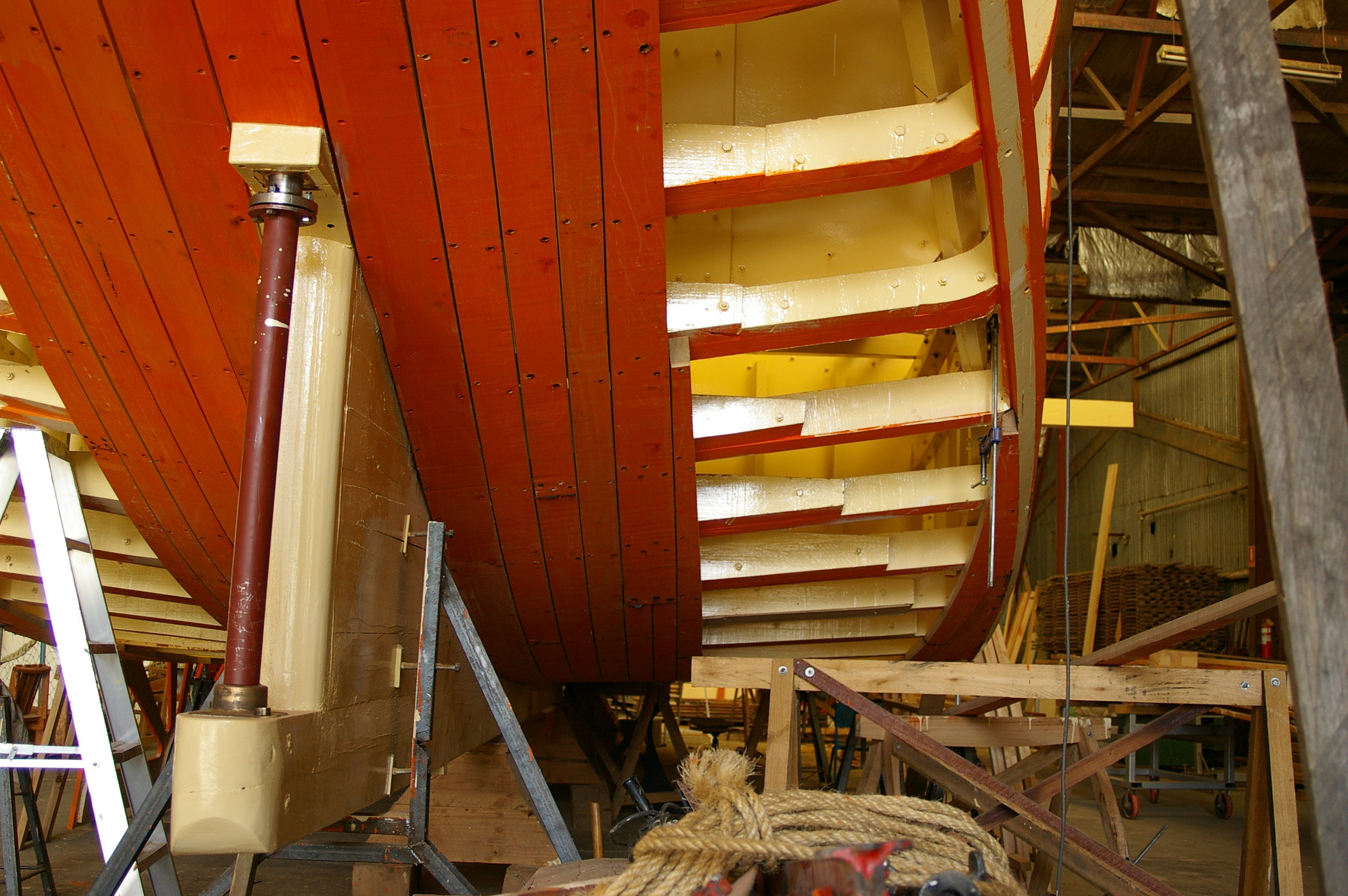 This was Paddle Steamer Curlip's, blue gum, carvel planked hull being fitted in 2006, it is hard to imagine that in 11 years the Teredo Worms have wreaked havoc, requiring major repairs to encapsulate all underwater timbers. The board of management of P.S.Curlip Inc, with advices from our appointed AMSA Marine Surveyor and Naval Architect, Paul Bury and respected wooden boat builders and shipwrights Frecheville Heaney are progressing very well with the removal of all under hull timber planking. Our boat repair committee has systematically removed planks, a very labour intensive and lengthy process. We look forward to fitting the new timbers throughout the end of 2018 and into 2019.  With the 'extraordinary generosity of ordinary people' we have purchased the first grade Yellow Stringy Bark Planking, sourced from the Victorian High Country and milled by Mectec in Newmeralla. This return to the original structural integrity and traditional methodology is also important, as it allows P.S.Curlip Inc to retain it's original Marine Survey status, without a re certification.