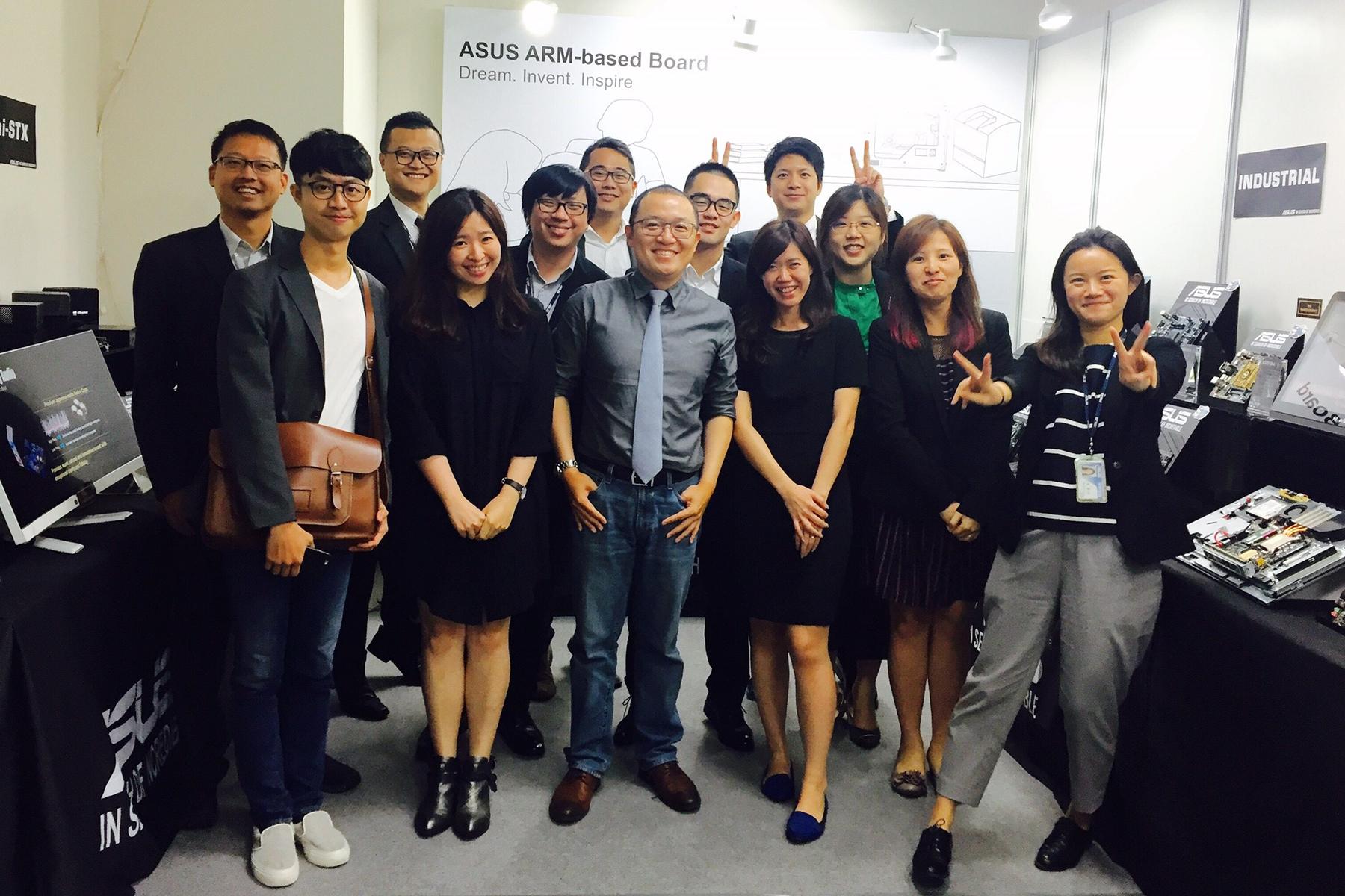 Me and my team at Computex Taipei 2015. Love you SI team!