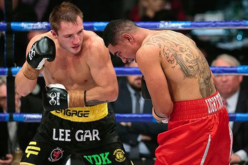 Brad  Riddell super 8 boxing