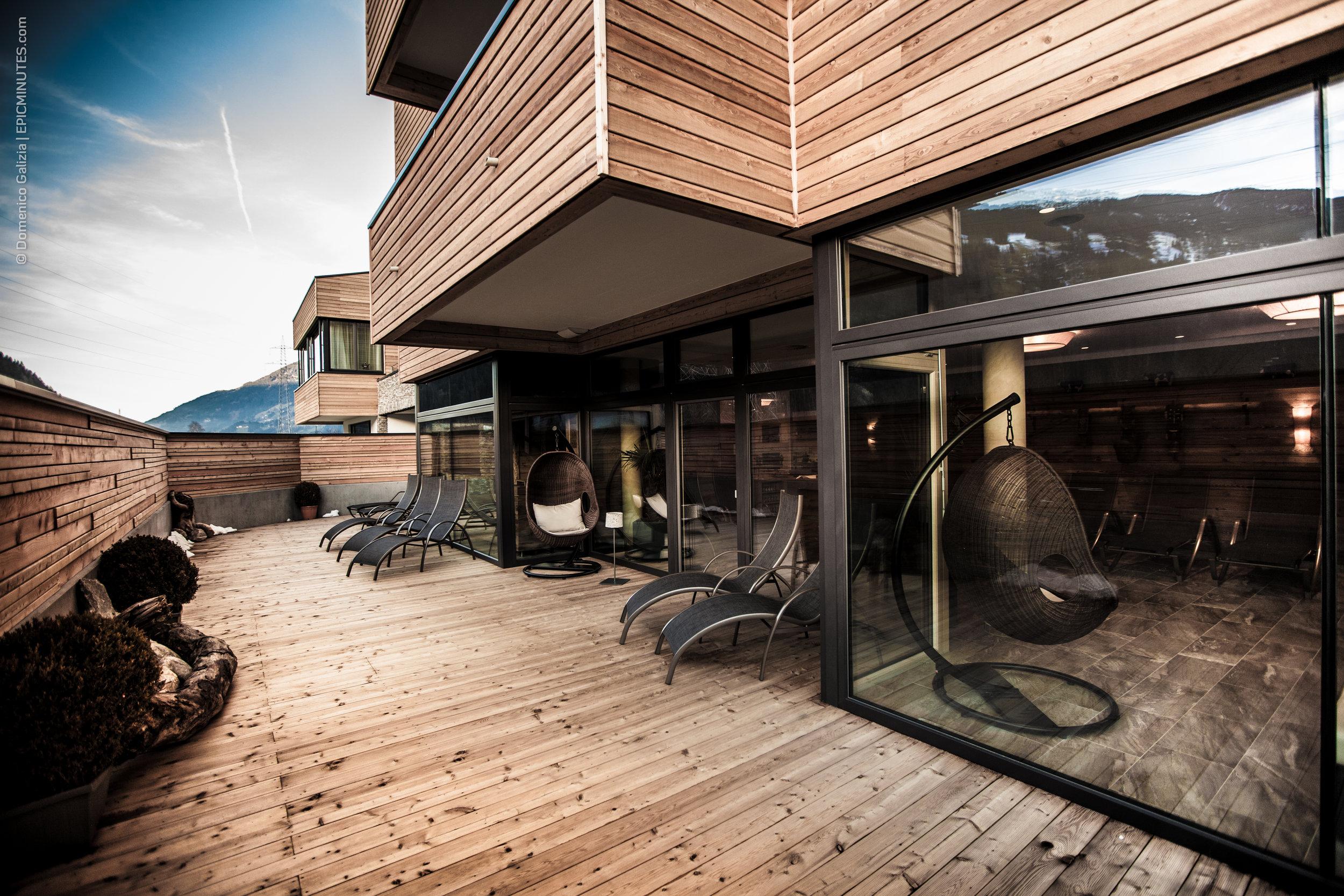 Terrasse Wellnessbereich.jpg