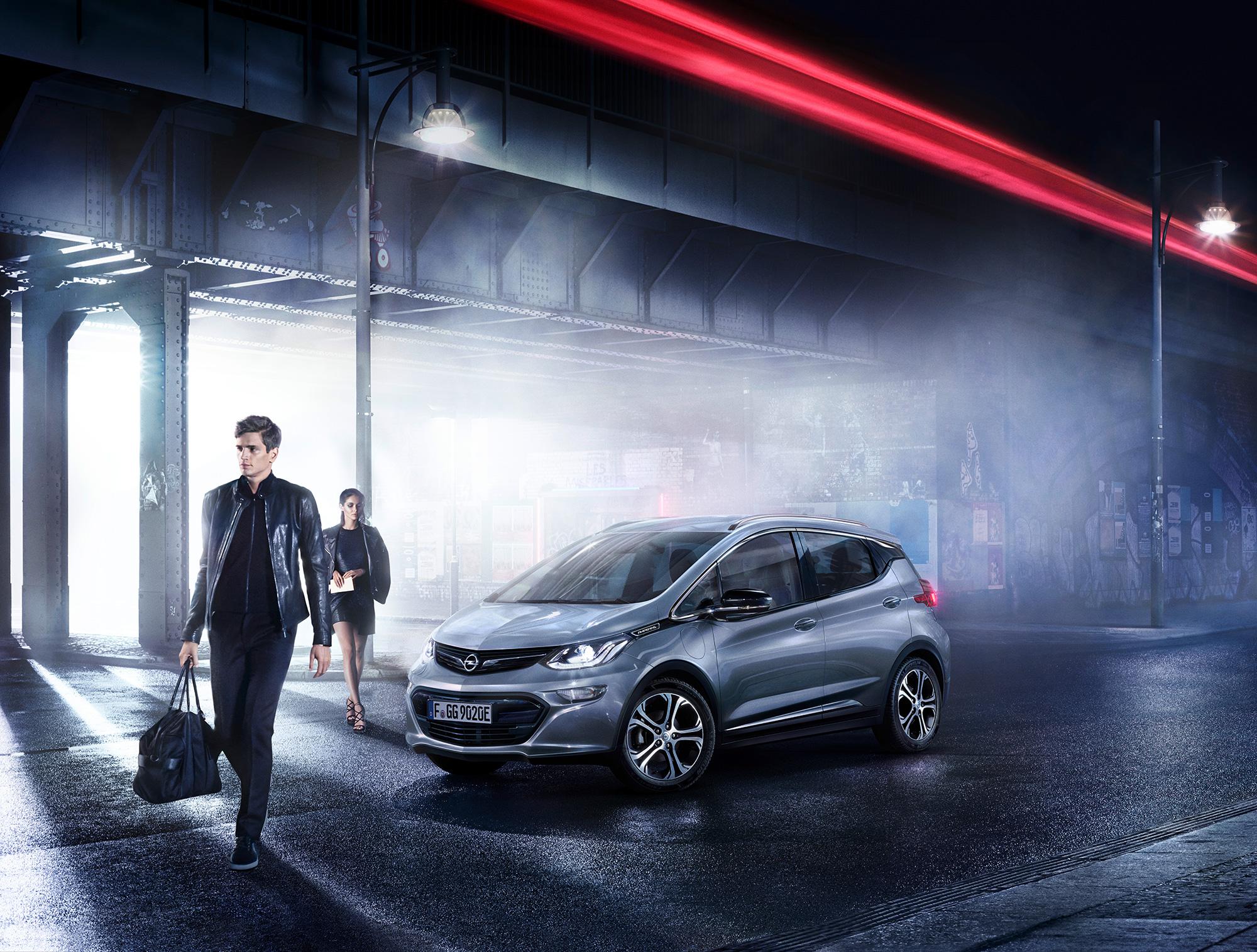 Opel-2016-1696_exterior_am17e01002_comp_Retouch_Quer_v029.jpg
