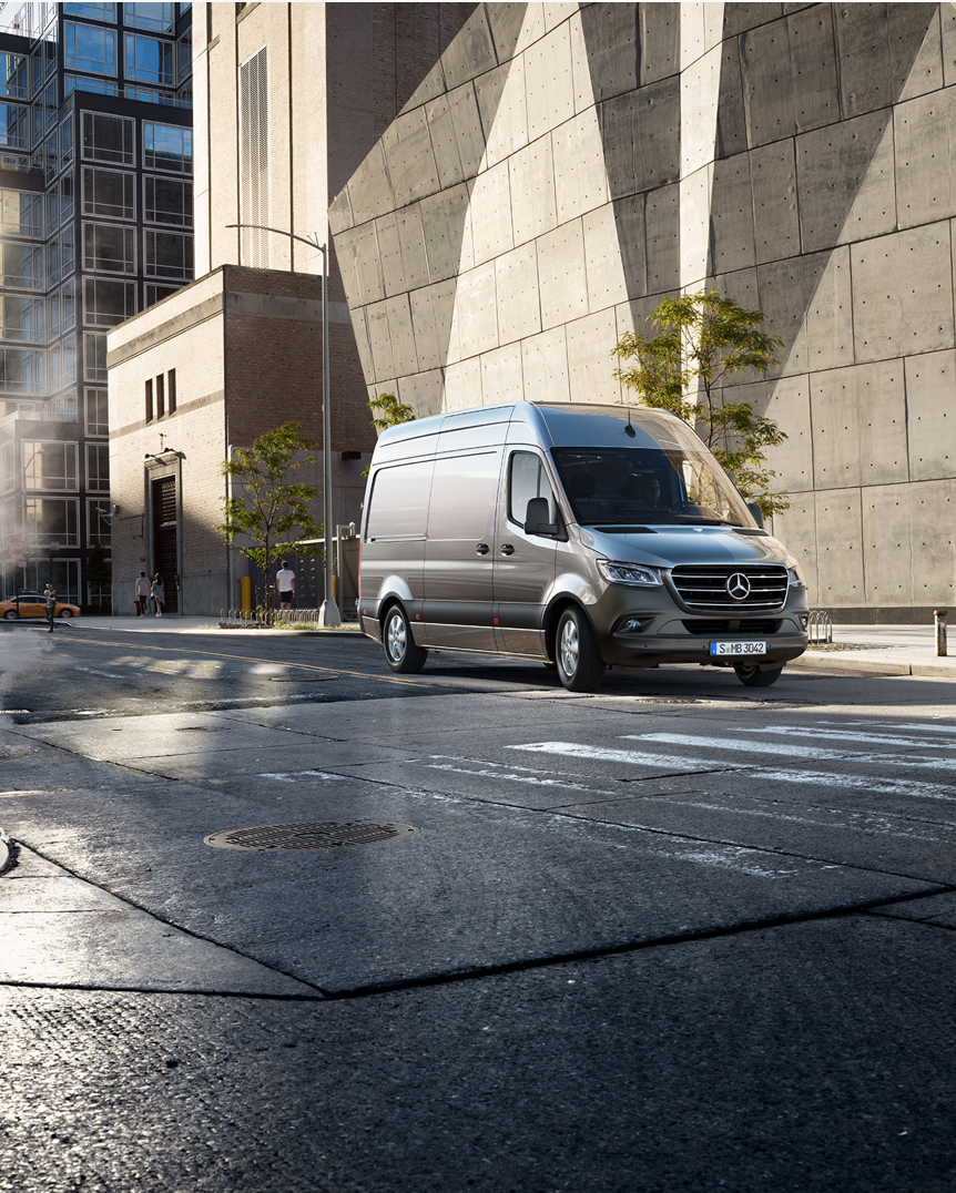 FULLY CUSTOMIZED DIGITAL CAMPAIGN FOR THE ALL NEW SPRINTER. - With over 1,700 variants and up to 600 options, the Sprinter from Mercedes-Benz is a versatile all-rounder, which is based on needs and requirements of its owner. Thats why we came up with a fully customized campaign, based on the needs of our target group and the individual customer journey.Together with Mercedes-Benz we developed 5 different Personas and their reasons for a vehicle purchase and put it in individual films for every persona.The Claim of this Campaign