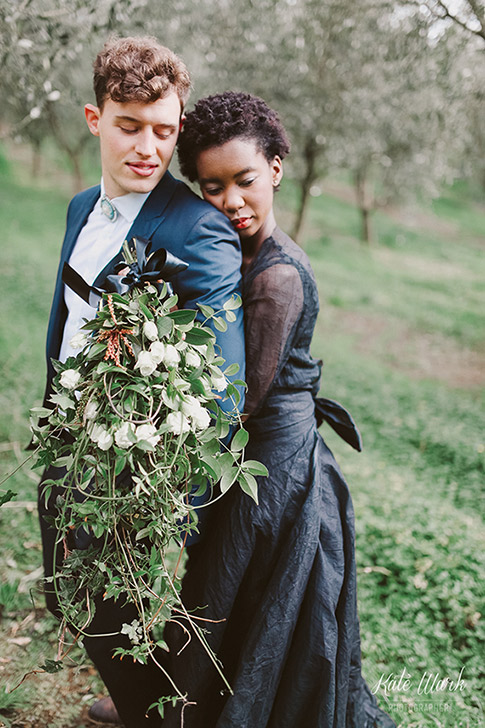 green-wild-foliage-bouquet-wedding-flowers-auckland.jpg