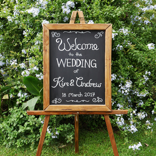 brown-rustic-chalkboard-wedding-hire-auckland-lrg.jpg