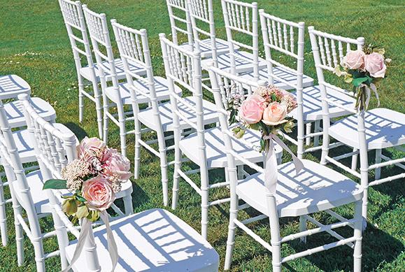 blush-flowers-aisle-chairs-roses-auckland-flowers-florist-wedding.jpg