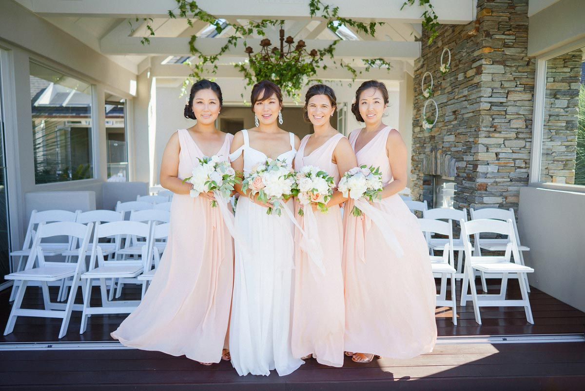peach-wedding-flowers-auckland.jpg