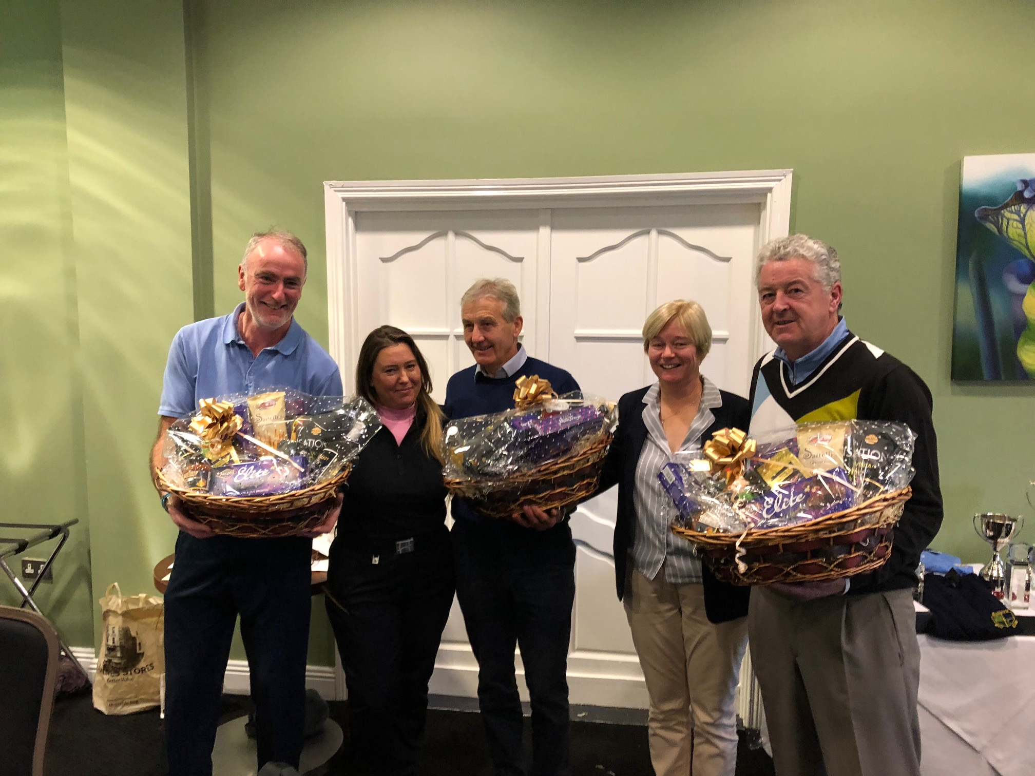 1st Place: 56.1 Liam O'Loughlin, Valerie Clifford, Pat Edgeworth & Tom McIntyre presented by Lady Capt Mags Ryan.