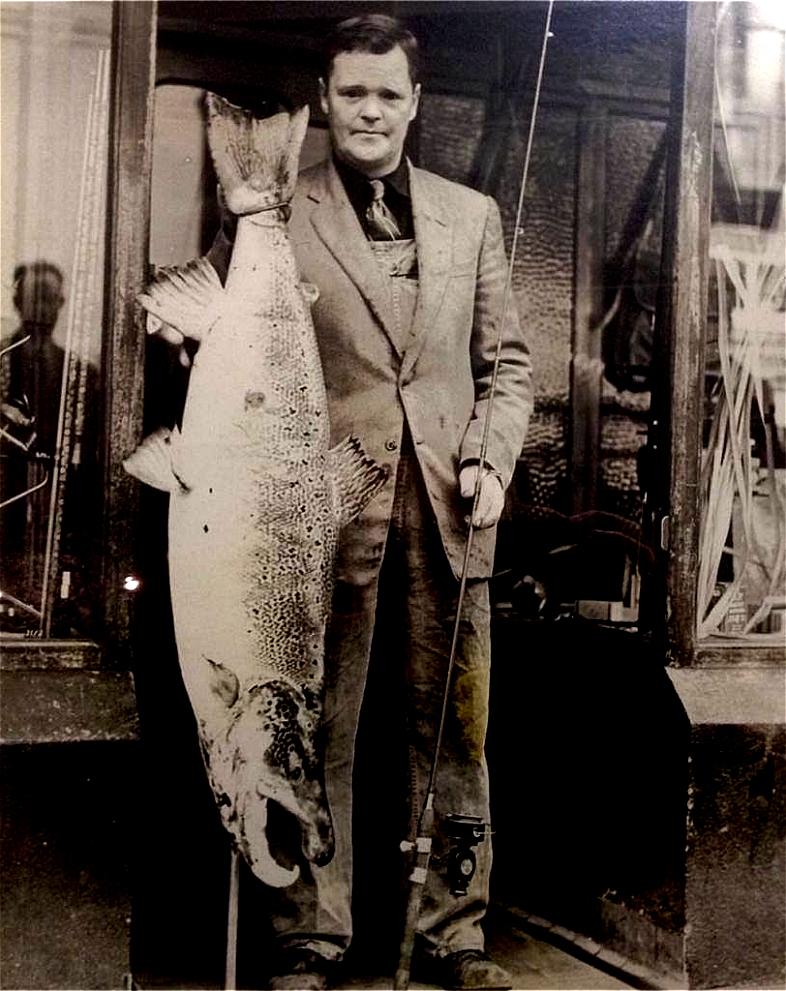 River Bann 1957 44 pounds (20 kilo)
