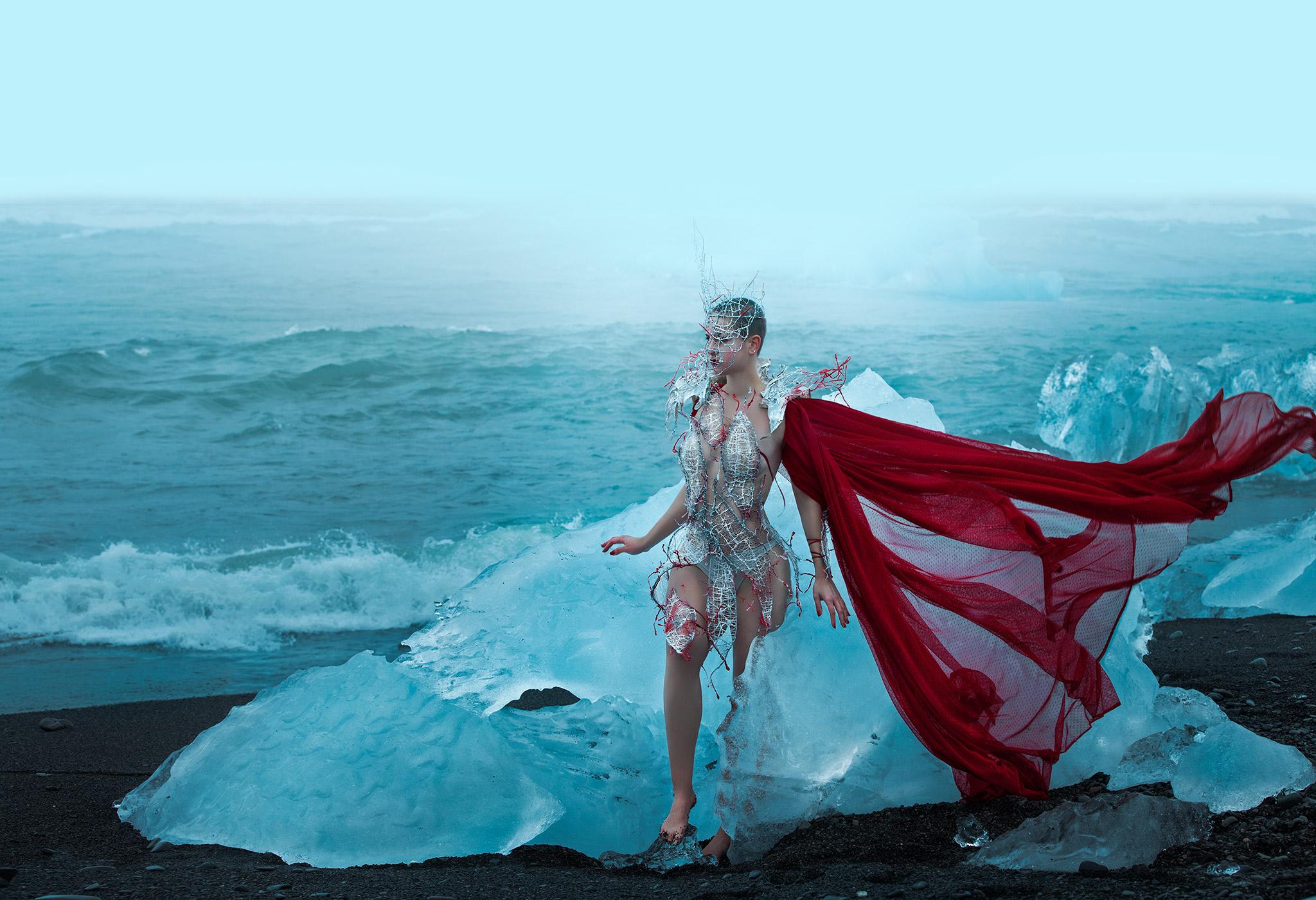Grace-Almera-Iceland-Julie-Free-Spirit-Team.jpg