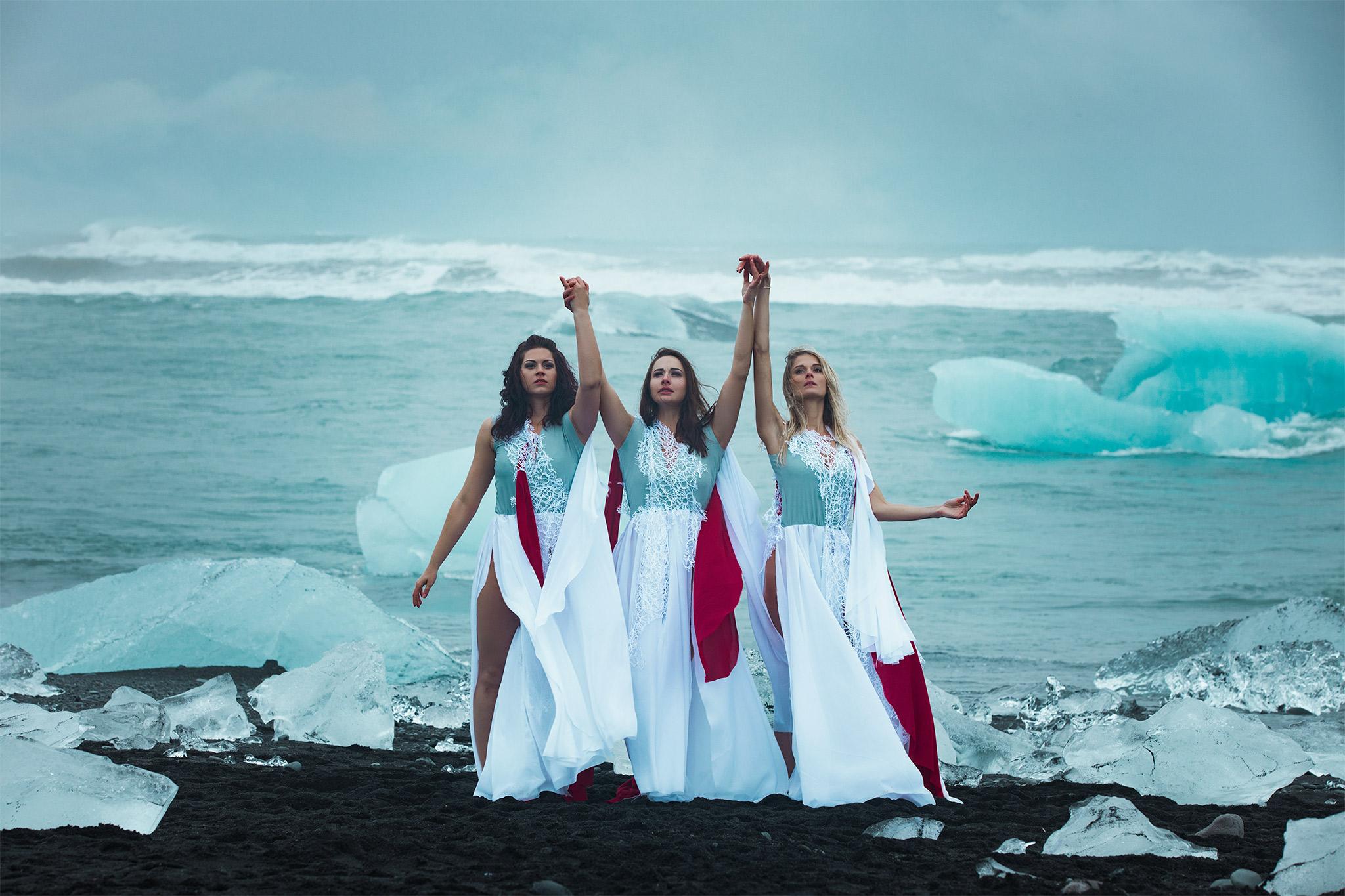 Grace-Almera-Iceland-Free-Spirit-Team-melting-glaciers.jpg