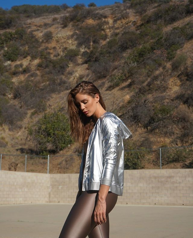 The Hoodie Bomber will turn heads, made of 100% nylon this lightweight jacket takes you everywhere and anywhere, roll it in a ball, throw it in your bag, tie it around your waist, the options are endless. Made entirely in the USA. Available in silver or gold! #befierce
