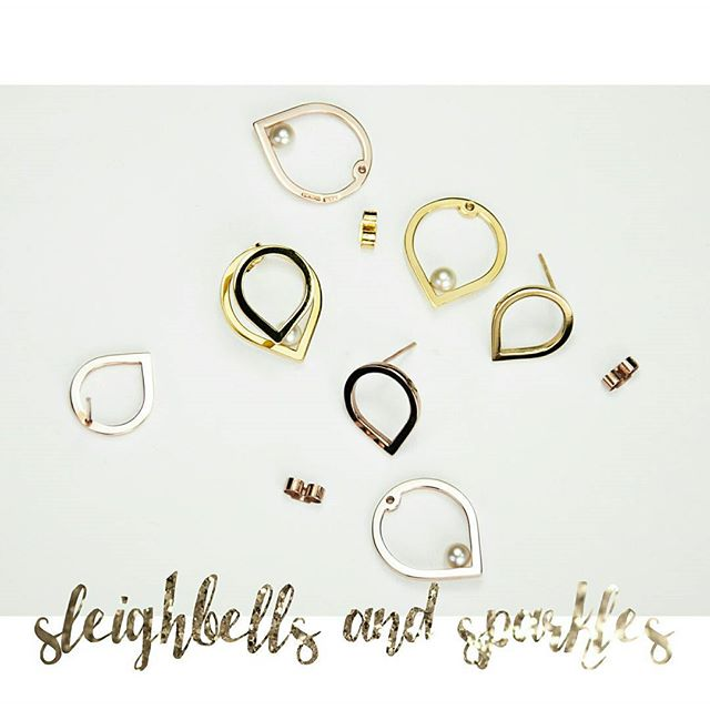 There's still time to get 10% off all jewellery from our website, with the code SPARKLE10  Must end Tuesday at midnight.  #jewellery #jewelry #design #silver #gold #pearls #voucher #discount #sophiealicehirsch