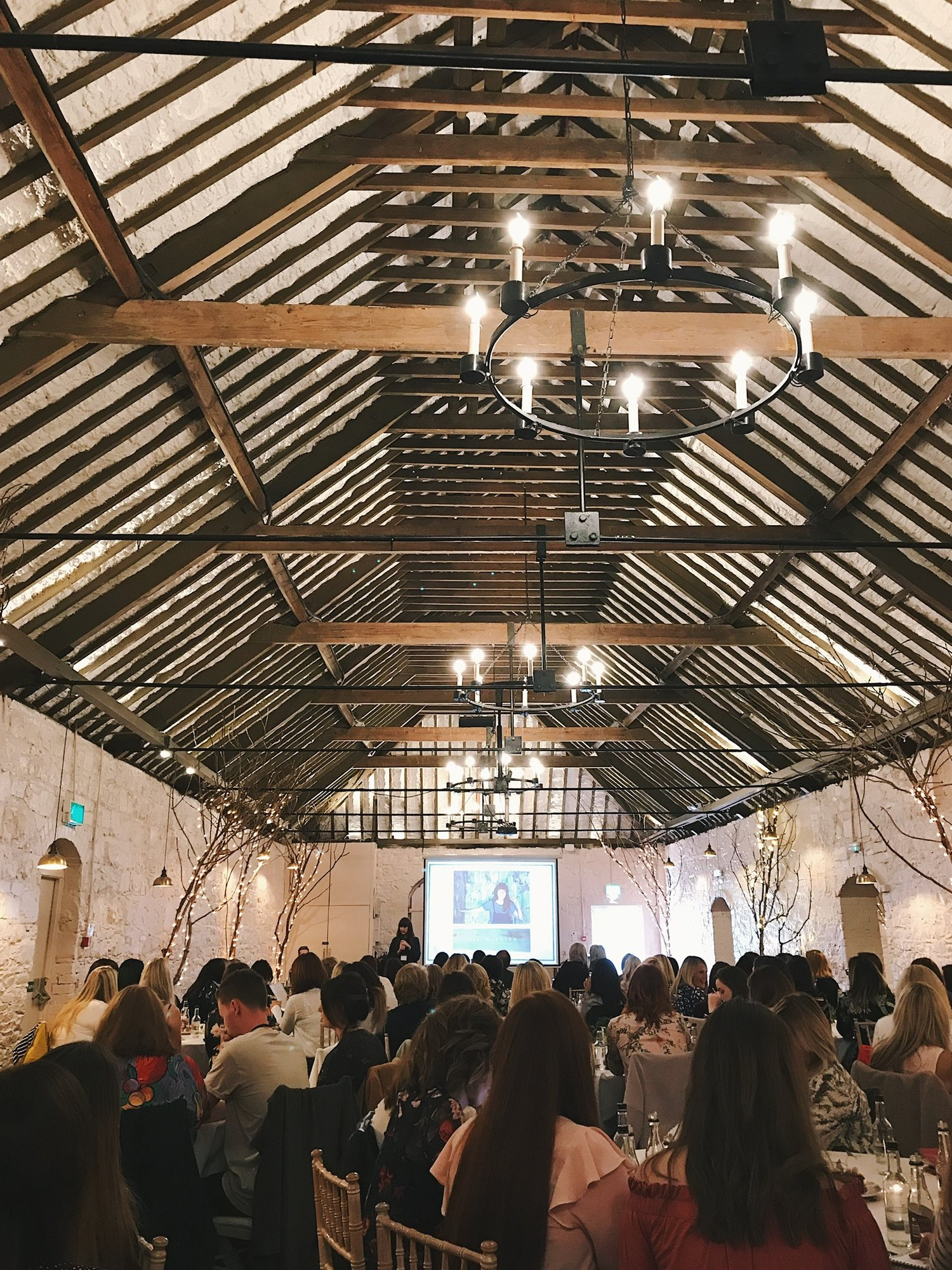 That sure is a big room full of bloggers! Photo credit to the beautiful @mylittleduke