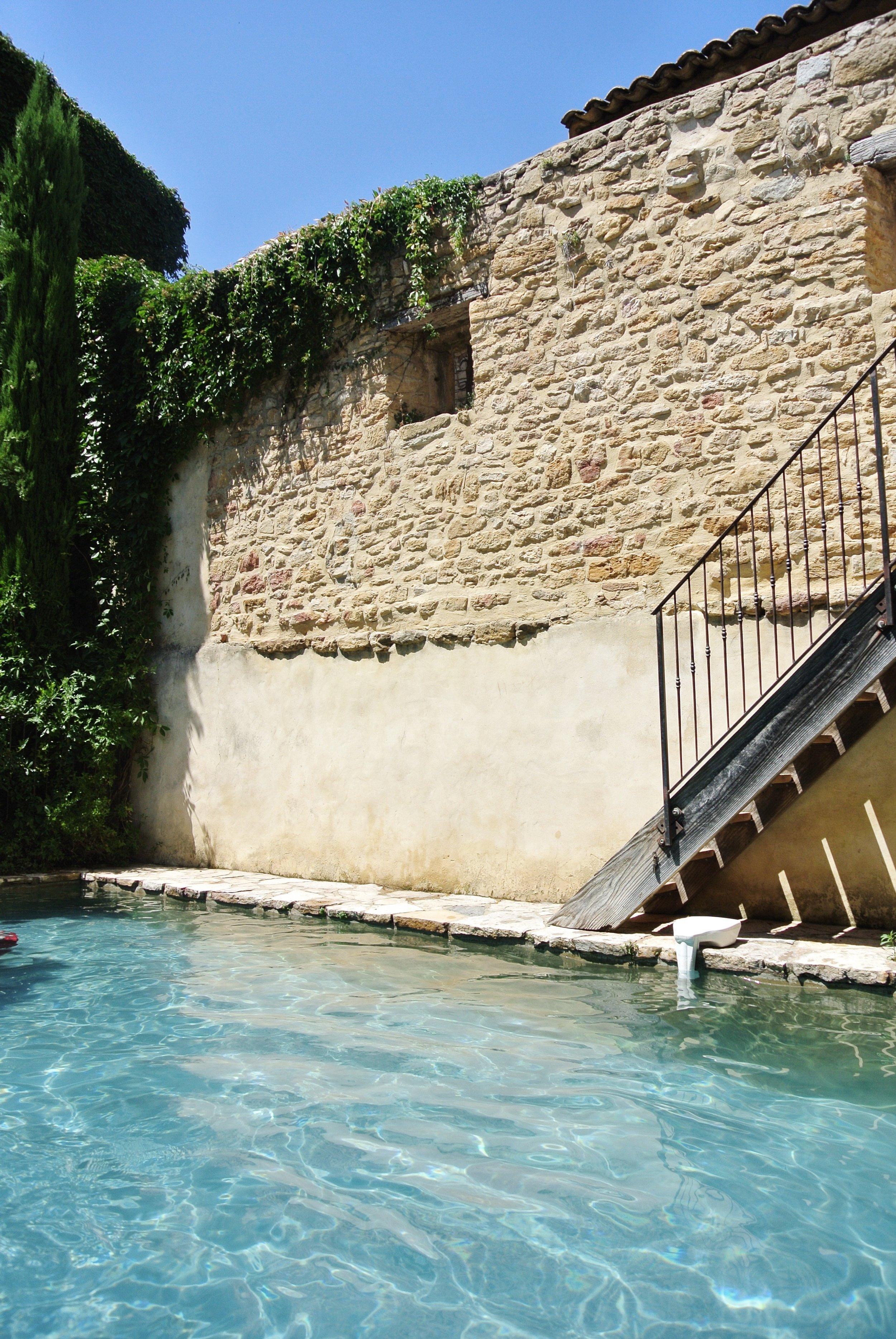 Les Sardines ProvenceF81E5EA0-F5DE-41DD-847B-6A97B8BA82BD.JPG