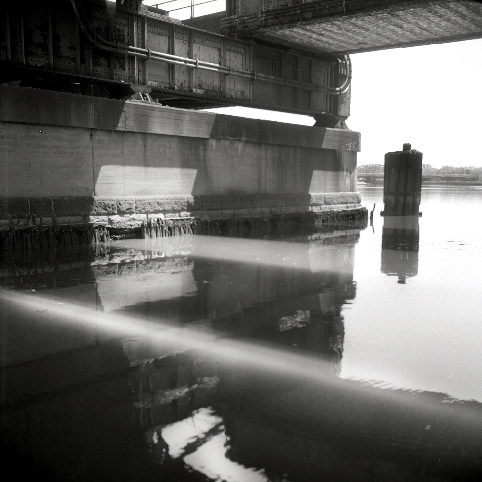 NewarkFilm003.jpg