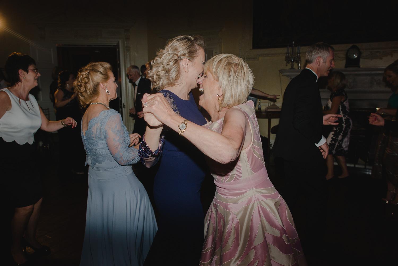 luttrellstown-castle-ireland-wedding-photographer-129.jpg