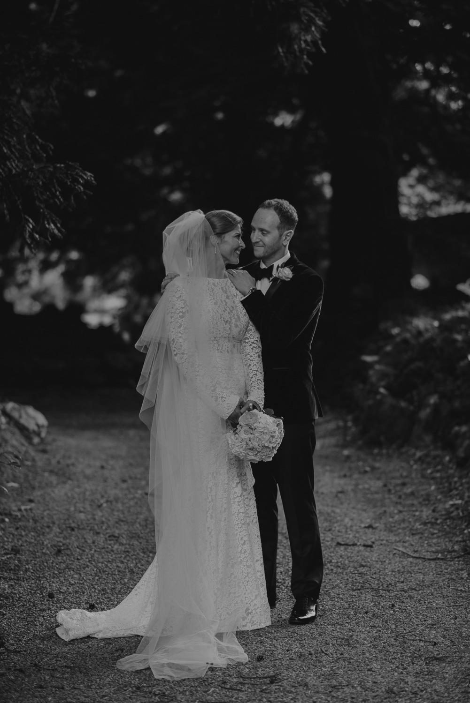 luttrellstown-castle-ireland-wedding-photographer-131.jpg