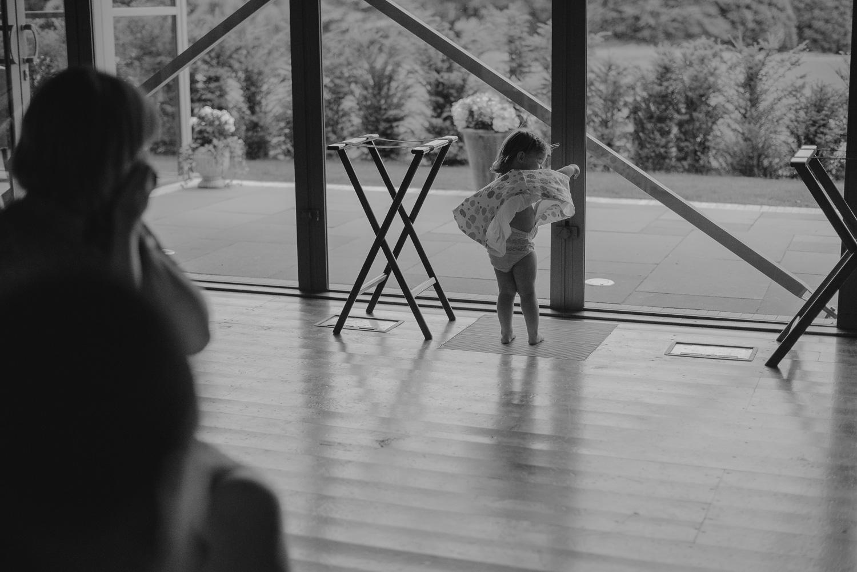 Virginia-park-lodge-Ireland-wedding-photographer-98.jpg