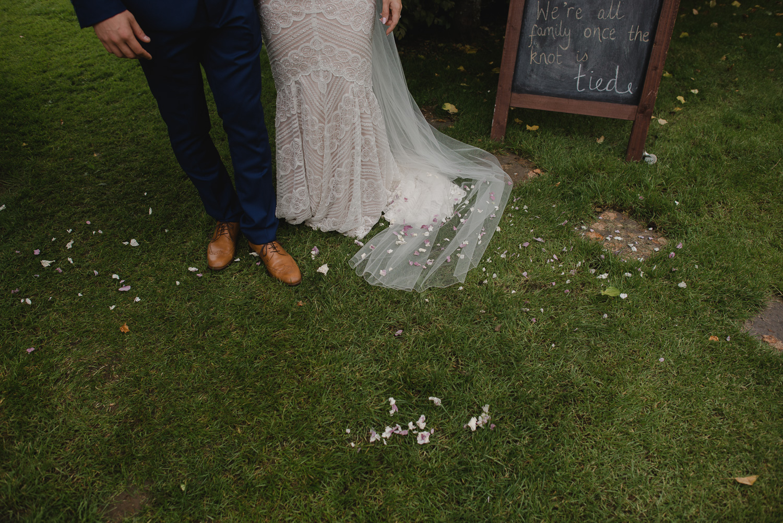 larchfield-estate-wedding-photographer-nothern-ireland-98.jpg