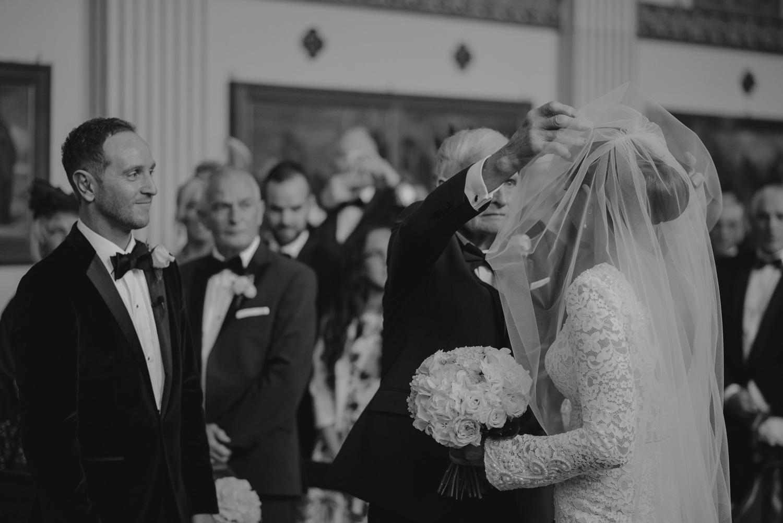 luttrellstown-castle-ireland-wedding-photographer-39.jpg