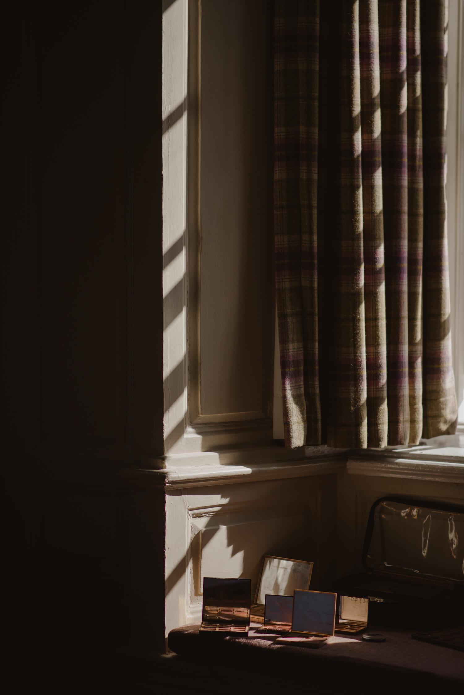 Ballygally-castle-hotel-wedding-photography | P&J-18.jpg