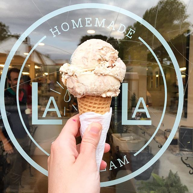 Perfect night for an ice cream @lalahomemadeicecream! #yesway #yeswaytravel #womenowned #womenownedbusiness #icecream #minneapolis