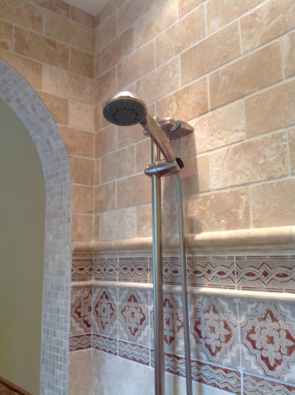 travertine tile shower 3.jpg