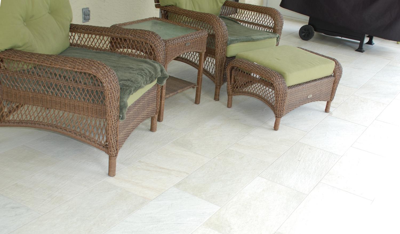 sandstone-porcelain-outdoor-tile-1.jpg