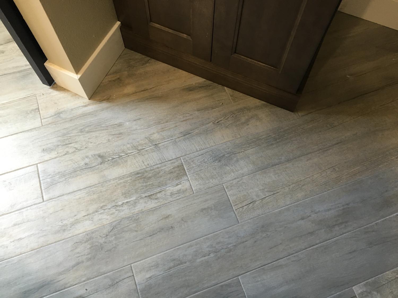 drift-wood-grey-porcelain-tile.jpg