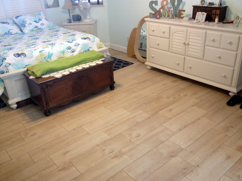 ceramic-wood-look-tile-8x24-a.jpg