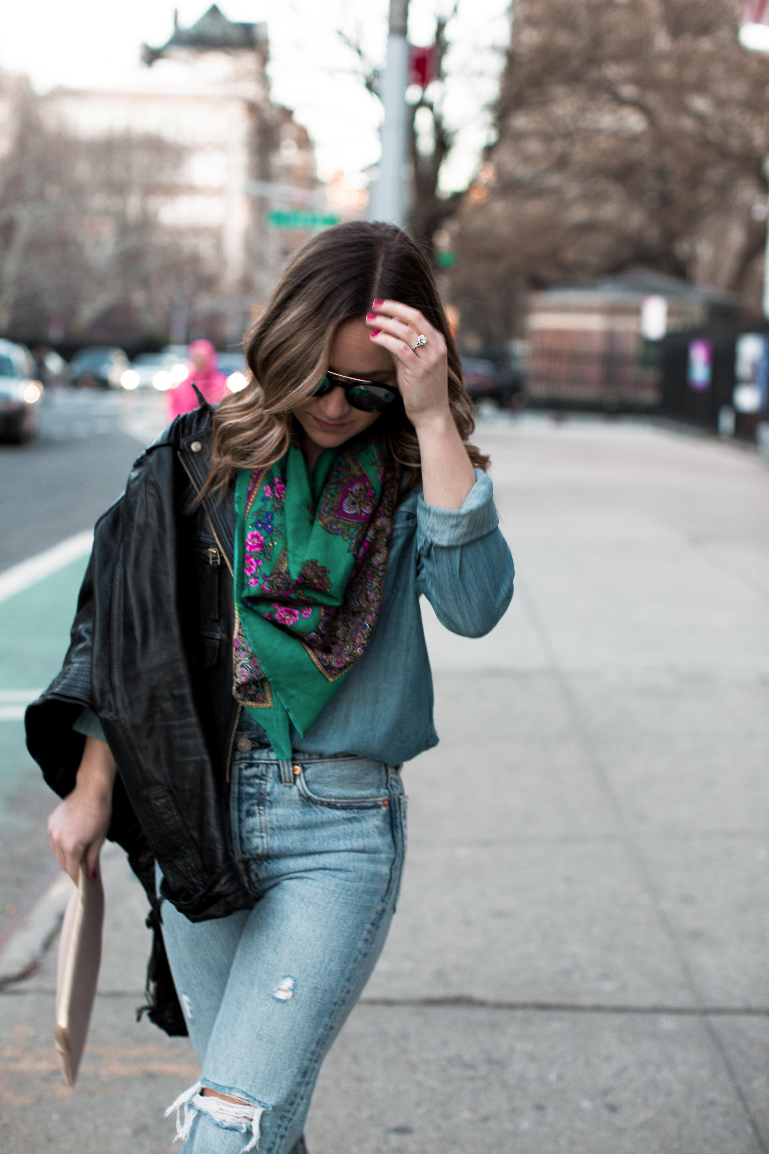 fizz-fade-green-vintage-scarf-5.jpg