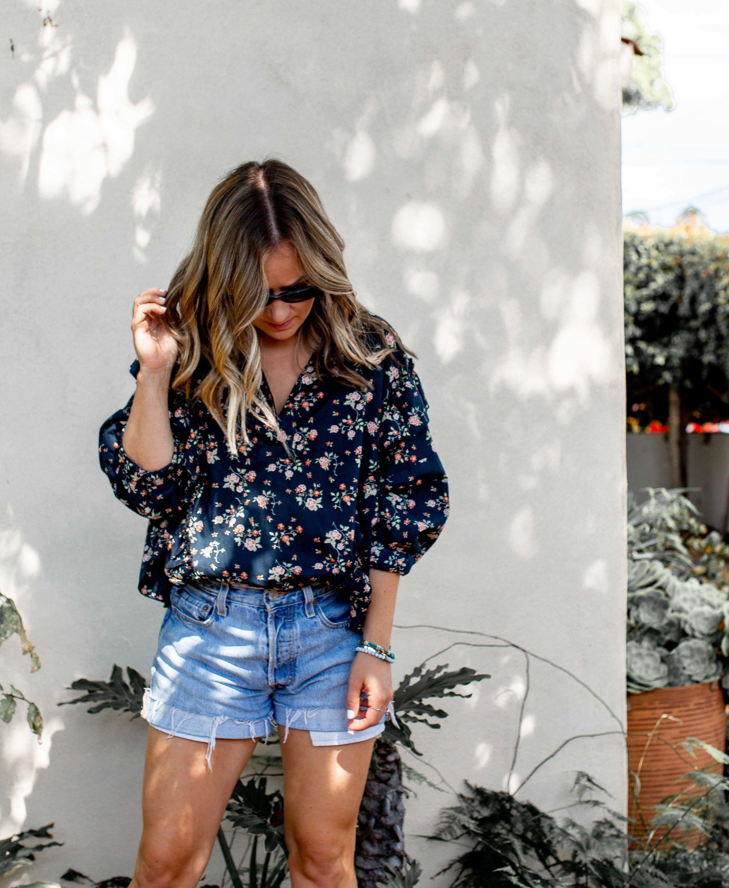 magill-navy-floral-blouse-3.jpg