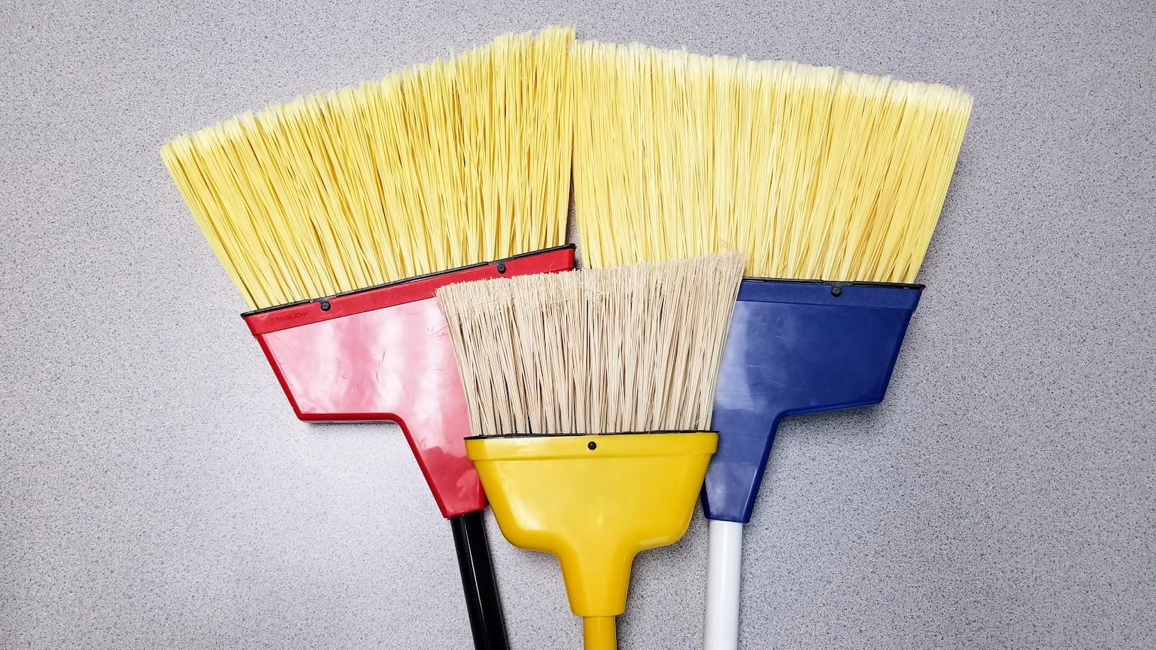 angle_brooms.jpg