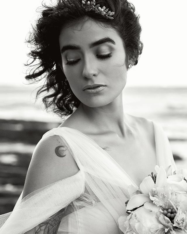 bridal fashion w/ @meganorozco.official . . . . #manhattanbeachphotographer #redondobeachphotographer #hermosabeachphotographer #palosverdesphotographer #bridalfashion2019 #beachweddings #blackandwhitephotography #marcusroyhoffman #nikonz6