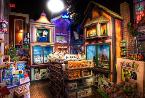 G. Willikers Toy Emporium, 2005