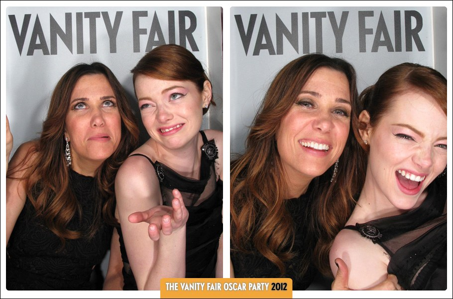 dam-hollywood-oscarparty-2012-booth-op12b-KristenWiig-EmmaStone.jpg