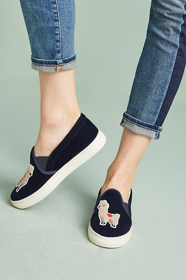 These are just too quirky and cute! I would totally pair these with a boyfriend shirt and jeans