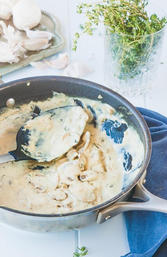 Dairy-free-creamy-cashew-mushroom-sauce-1-9_5df9ab42a4ed0838ae2daab748ff8625.jpg